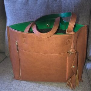 Steve Madden large green & Tan tote